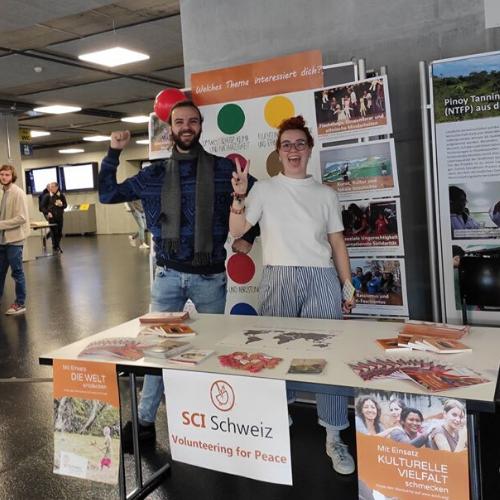 Puoi partecipare come volontario locale ai nostri eventi, gruppi di progetto, assumendo ruoli specifici o a campagne internazionali del SCI.